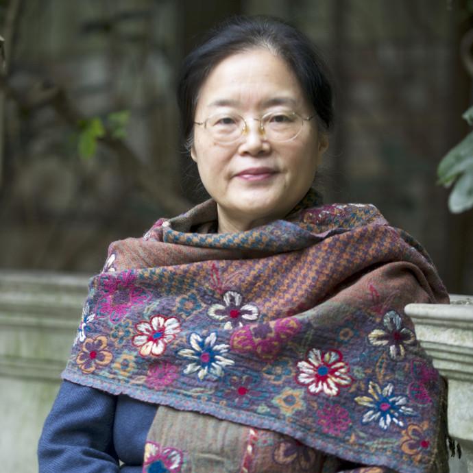 Qin Wenjun 秦文君